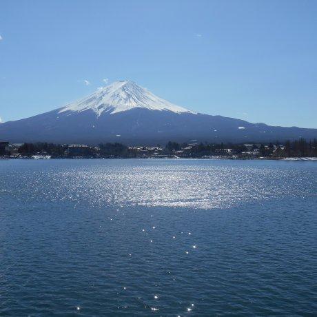 Вид на Фудзи со стороны пяти озёр