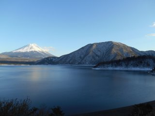 Фудзи со стороны озера Мотосу