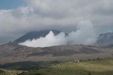 Escalando o Monte Aso