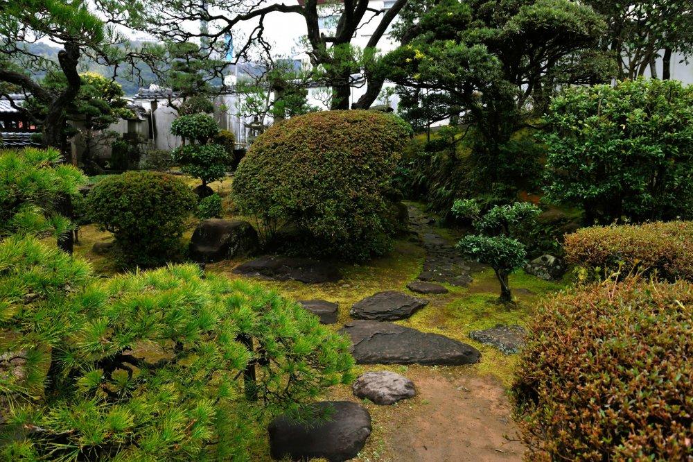 引田屋花月楼と共に広く他郷の人々に知られた茶屋