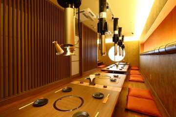 <p>Spacious modern dining rooms</p>