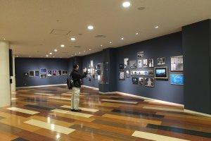 Gallery แสดงภาพถ่ายในอีดตของโตเกียวทาวเวอร์ ที่ชั้น 1 ของอาคาร