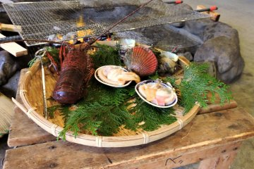 <p>Fresh seafood read for the grill</p>