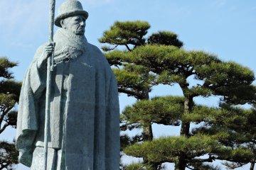 <p>Statue of Kokichi Mikimoto</p>