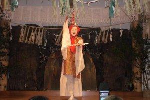 A beautiful goddess dances.