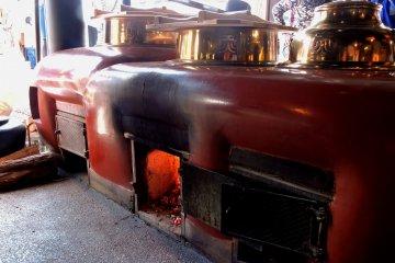 <p>Зажжена только центральная печь</p>
