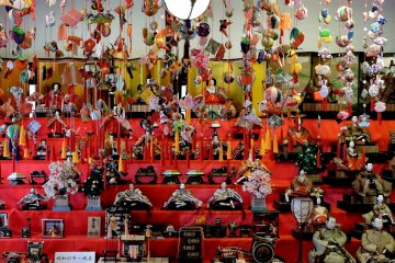 <p>Just a fraction of the dolls on display!</p>