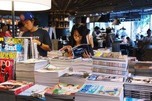 Hundreds of magazines for sale at Tsutaya