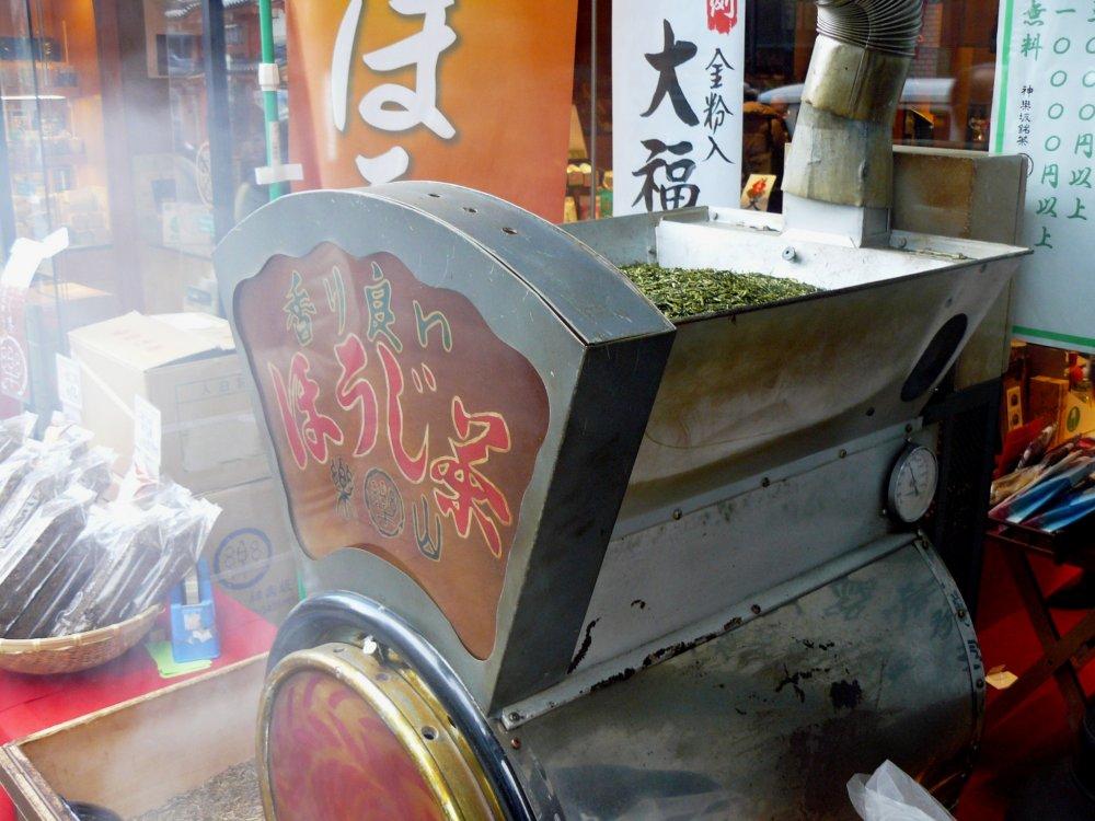 Для изготовления ходзичи используются чаи сорта сенча, или кукича банча. Мне кажется, что это кукича