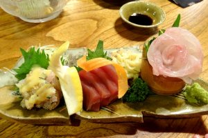The sashimi platter was highly affordable, costing around 1500 yen