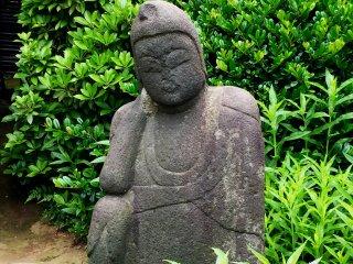 Эта фигура встречается на территории многих буддистских храмов