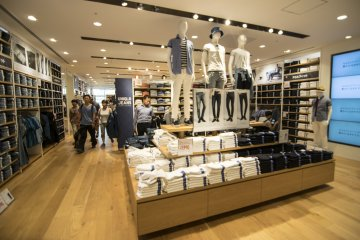 <p>9F : The UNIQLO Denim section (on the Men&#39;s section) is usually one of the most popular, retailing affordable but quality jeanswear.</p>
