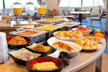 <p>Breakfast selection at the Topaz restaurant</p>