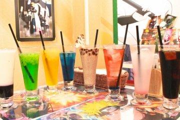 <p>提供多种多样的饮品,以及冰块</p>