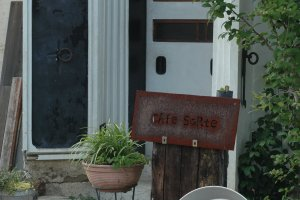 The entrance to Cafe Sorte.