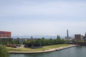 <p>A view of the Tateyama mountain range from Tenmon Bridge</p>