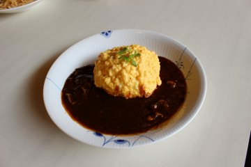 <p>The omrice with beef demi-glace sauce</p>