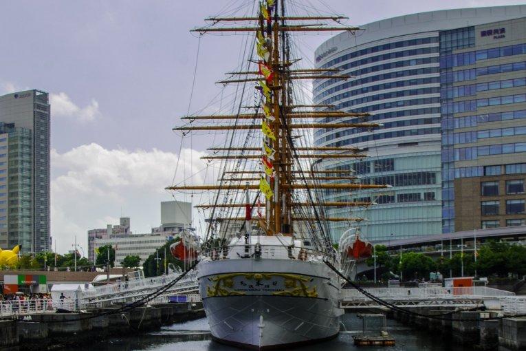 Yokohama Port Museum & Nippon Maru