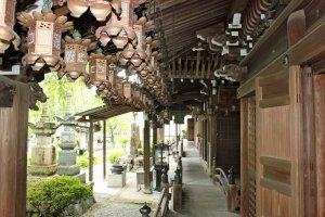 Lanters along the main hall's walkway