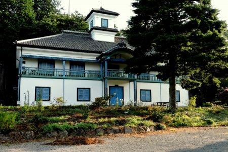 Pemanfaat Tiga Bangunan Sekolah