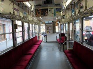 Внутри трамвая Рандэн