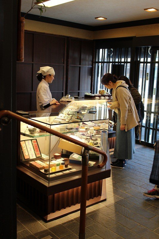 You can select the Japanese sweets you would like from the store