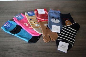 <p>Забавные японские носки</p>