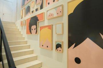 <p>올라가는 계단</p>