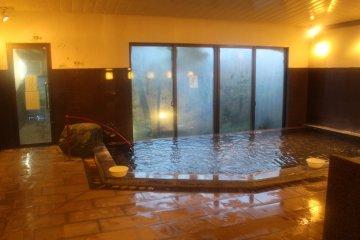 <p>The indoor bath</p>