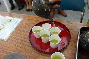 Pouring the perfect cup of Yamato green tea