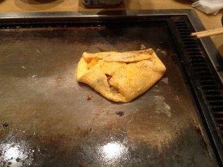 ไข่เจียวนัตโตะปรุงเสร็จแล้ว พร้อมทาน