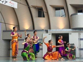 Классический индийский танец - Одисси