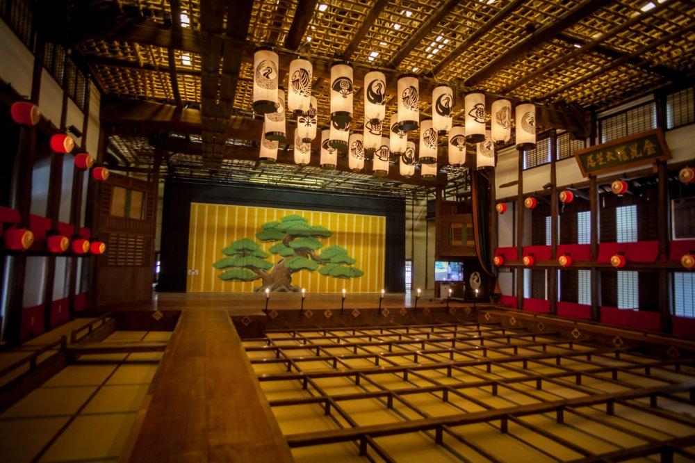 舞台と客席