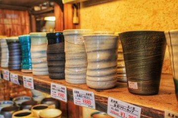 <p>Stoneware teacups</p>
