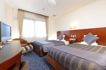 <p>Twin room at MYSTAYS Maihama</p>