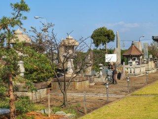 The area around Daijo-ji is really quiet