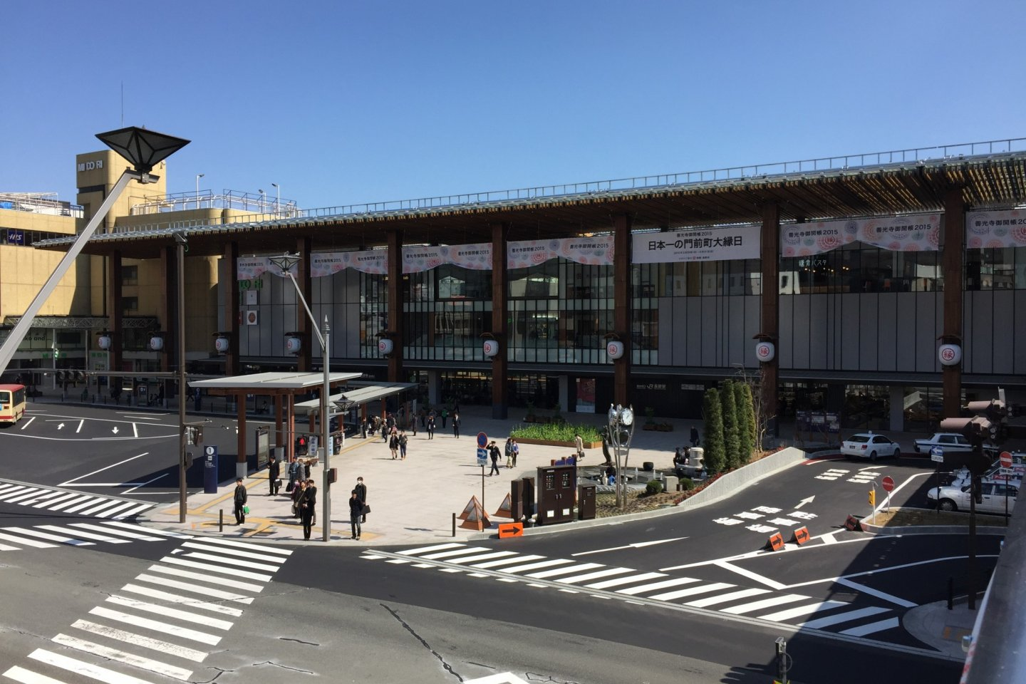 The new west entrance, known as the Zenkoji Entrance.