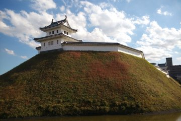 <p>A castle ruin in Utsunomiya partly preserved</p>