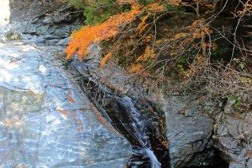 <p>The bottom-most of the Mitarai Falls</p>