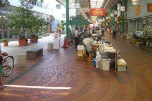 Thursday morning market