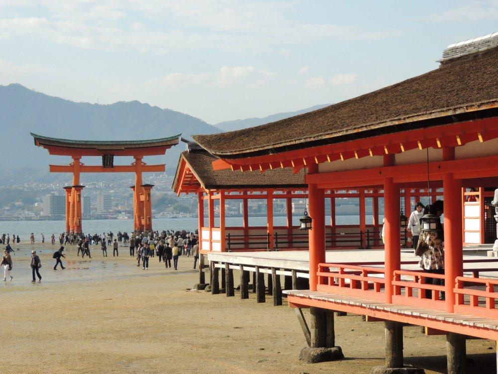 Le sanctuaire date du 6ème siècle, il existe dans sa forme actuelle depuis 1168. Patrimoine mondial de l'Unesco