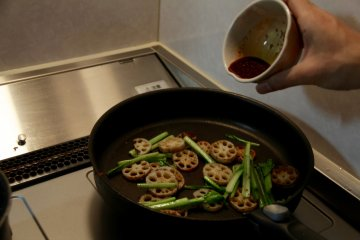 <p>And in goes the soy sauce and ginger mix</p>