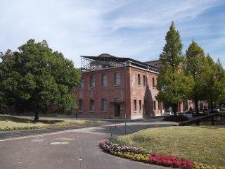 Một trong những nhà máy cổ