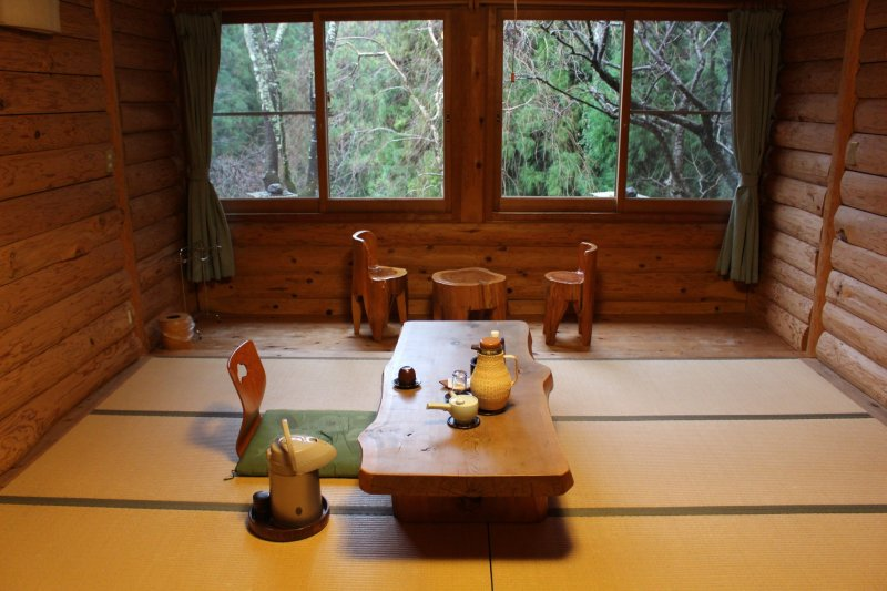 <p>A room in the Ryokan Kato&#39;s Log House section</p>