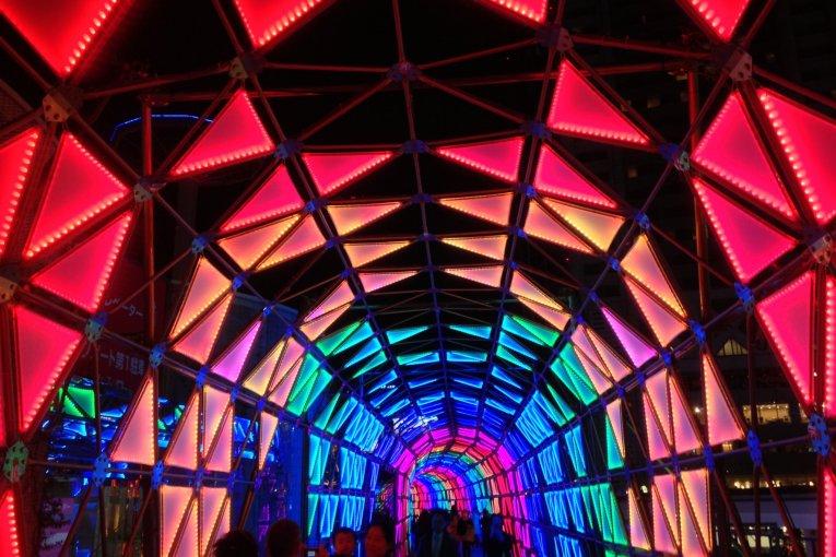 Seni Pencahayaan di Tokyo Dome