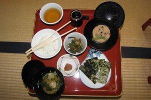 Shojin ryori breakfast at Ekoin Temple, Mount Koya