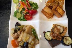 Set de almuerzo en el restaurante Kinatei en Nara