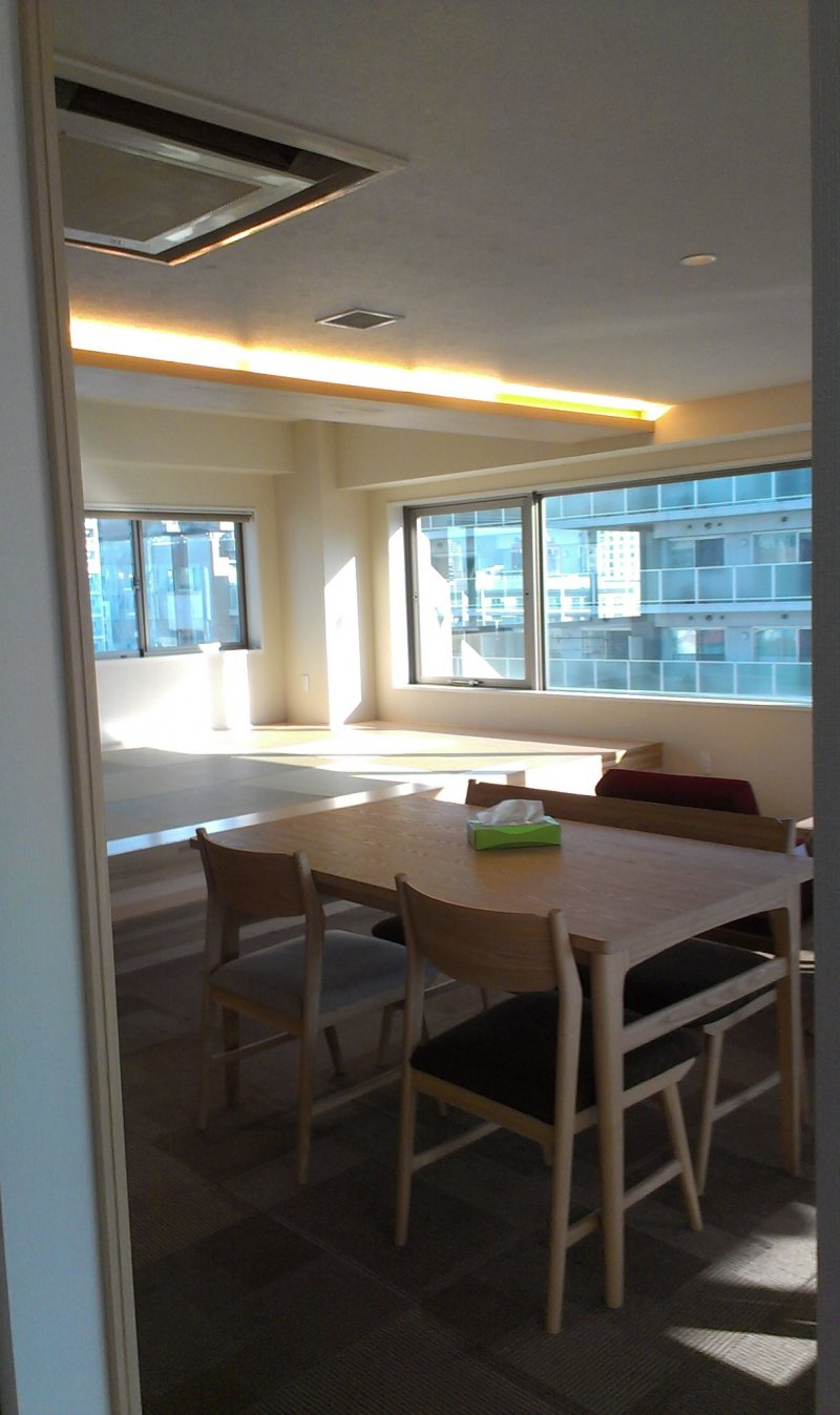 10th floor dining area