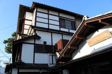 Historical entrance to Seikiro