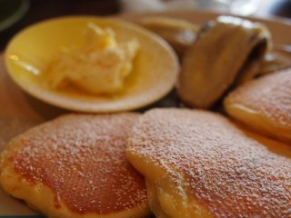 The banana pancakes are terrific.  Bakeshop is one of the few places to find pancakes in Tokyo